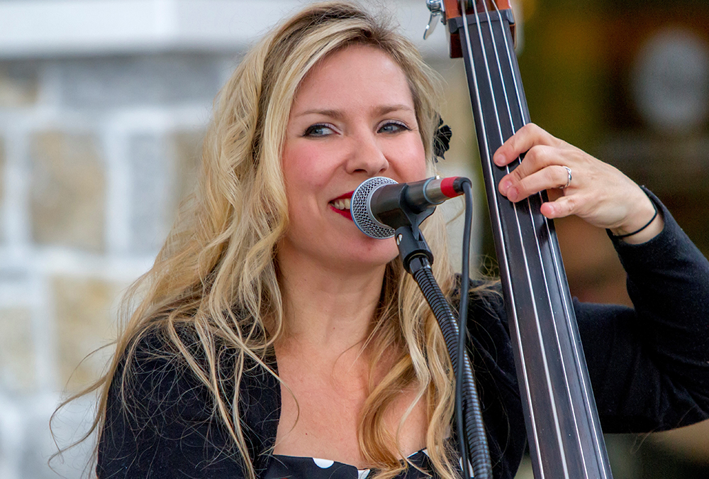 Monday Night Music at the Mouse Fountain with The Tracie Marsh Band