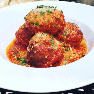 Sticking with the classics: Braised Meatballs. House made recipe made with pork and beef. Served in marinara with Parmigiano-Reggiano.  . . . . . . . . . #meatballs #joesrestaurant #italiancuisine #marinarasauce #pleasantbeachvillage #bainbridgeisland #bainbridgerestaurants #yummy #foodofinstagram