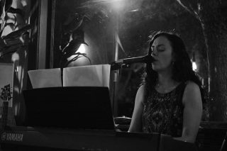 Live music Friday! This week we are welcoming Jes Pelton to the village for some Indie Pop and Jazz music. 🎶 7-9pm  Jes has been singing her whole life, and has a diverse musical background ranging from choral music and musical theater, to jazz and indie pop. She currently plays live music in venues across the Seattle Metro area, performing original songs as well as putting her own spin on a wide-range of covers by artists such as Adele, Norah Jones, Lady Gaga, and Alicia Keys. You can find her at jespelton.com and on social media @jespeltonmusic